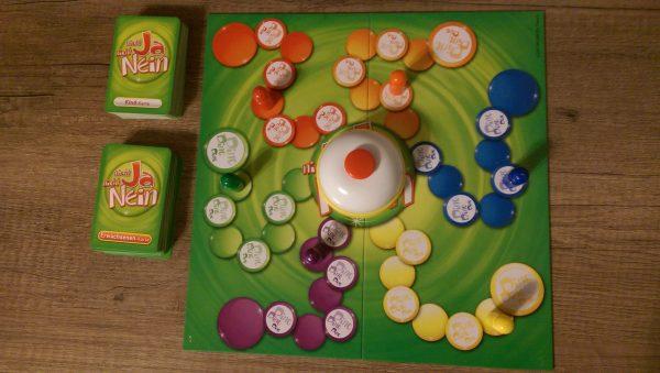 Megableu 678450 - Brettspiel: Nicht Ja, Nicht Nein - Spilefeld