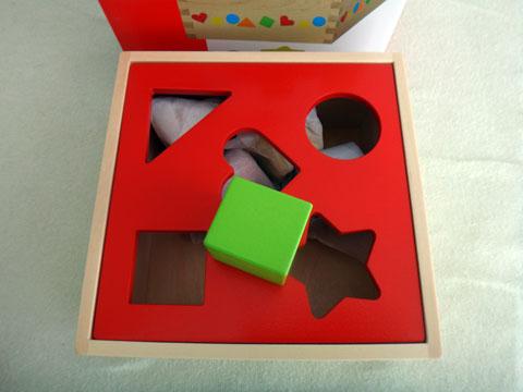 Sortierbox / Steckbox / Sortbox Goki 58580 richtige Form in die richtige Öffnung stecken